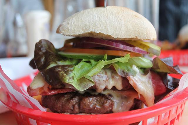 BJs cardiff cheeseburger