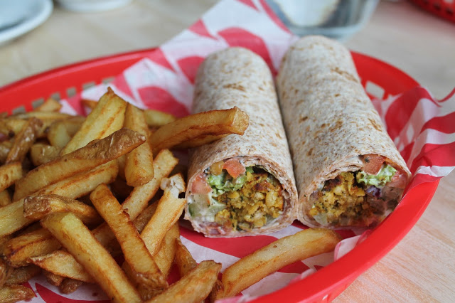 curied chickpea wrap BJs Cardiff