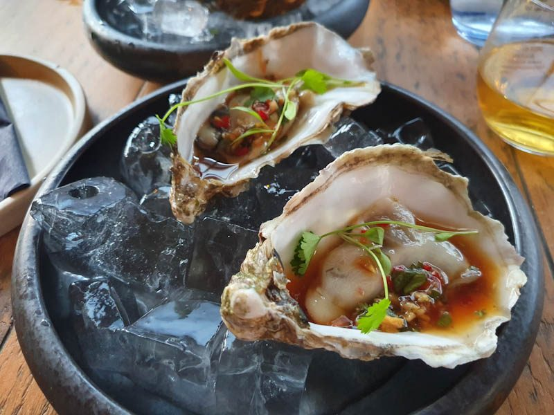 vietnamese oysters uisce heaneys pontcanna